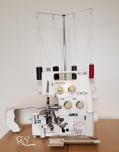 tisztázó varrógép